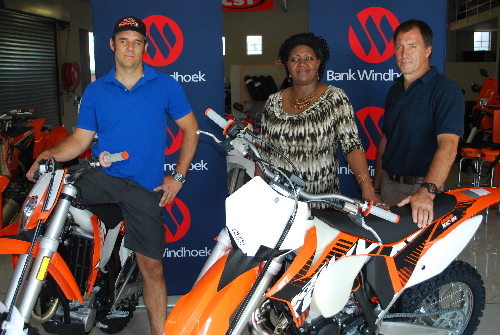 Kai Hennes (left), chairman of the Namibian Enduro Working Group, Nora Ndopu of Bank Windhoek and Andreas Brendel, chairman of the Namibian Enduro Club