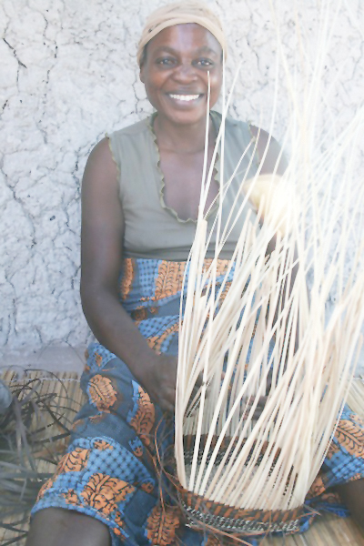 Basket weavers from the Okavango Region have exceptional artistic skills but lack the contacts or the knowledge to access marketing channels. The Omba Arts Trust enables rural artists, artisans, and craftsmen to send their products to shops and vendors favoured by collectors and by tourists.