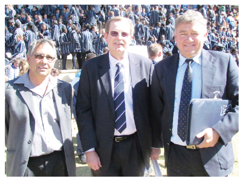 Chairman of the Windhoek High School Board,  Eric Simon, (left)  FNB CEO, Ian Leyenaar, and headmaster of WHS, Hawie Engels.