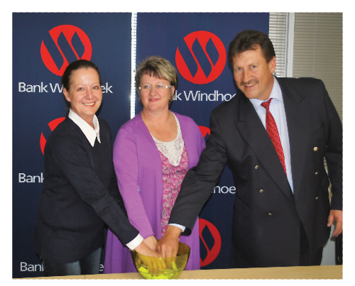 (From left to right) Estelle de Bruyn, Editor of the Republikein newspaper, Sandra Blaauw, Manager: Vehicle and Asset Finance at Bank Windhoek and Andre du Plessis, Executive Officer: Specialist Finance at Bank Windhoek.