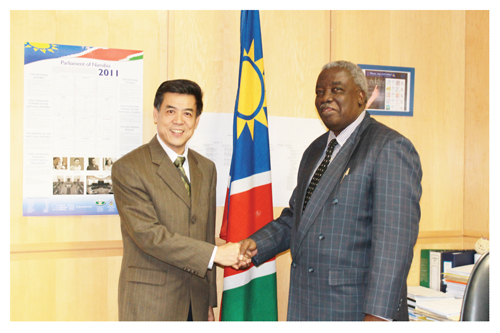New Chinese Ambassador Xin Shunkang (left) met the Minister of Labour and Social Welfare, Hon. Immanuel Ngatjizeko, last week.