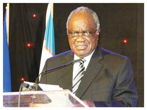 His Excellency, President Hifikepunye Pohamba was the keynote speaker at the fund raising dinner for the soon to be constructed UNAM campus in Keetmanshoop. (Photograph by Hilma Hashange)