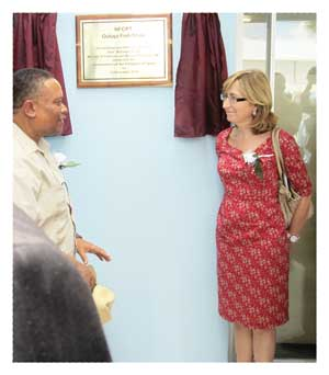 A beaming Minister of Fisheries and Marine Resources, Hon Bernhard Esau officiated with the Ambassador of Spain, Mrs. Carmen Diez (right) at the opening of two new fish shops intended to bring marine products closer to the rural consumer market.