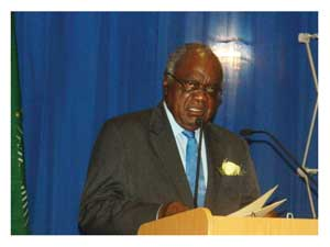 Presidnt Hifikepunye Pohamba speaking during the release of the Basic Report of the 2011 Namibia Population and Housing Census (Photograph by Hilma Hashange)