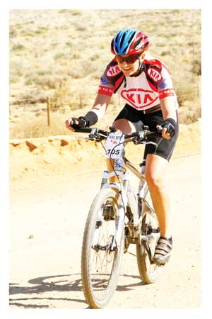 Elke Bockmuhl, winner of the ladie half marathon at the Kia Klein Aus Vista MTB Challenge.