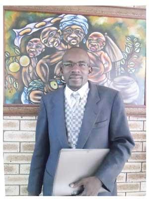 Lawrence Ihuhua, Secertary General of the NBWU. (Photograph by Lorato Khobetsi)