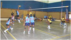 Khomas Nampol Volleyball Club (KNVC) (in yellow kit) in action against NDF in last weekend's Bank Windhoek National Volleyball League. They won the match 3:0.