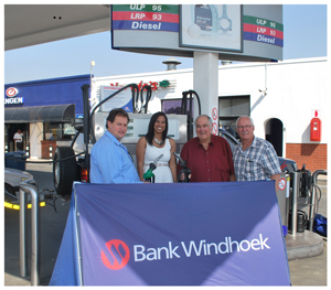 Rupert Harmse, Chairman of the Association of Service Station Owners (ASSO), Elzita Beukes of Bank Windhoek, Johan Pieterse, Executive Officer of ASSO and Koos van der Merwe, Chairman of the Shell Dealers Council.