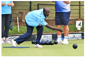 Windhoek Country Club Bowls team kept the hopes of being crowned the champions at the second last tournament of the Windhoek league.