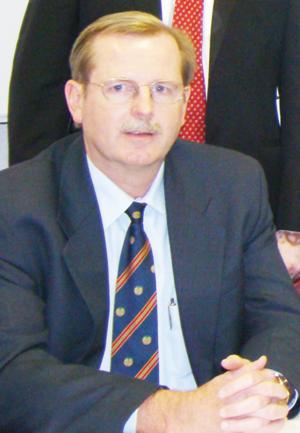CEO of FNB Namibia, Ian Leyenaar talks about mobile innovation.
