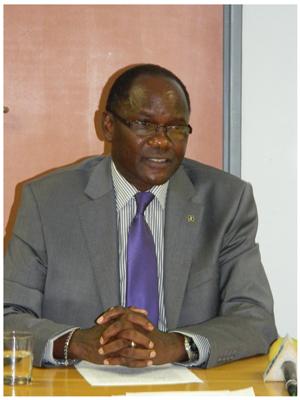 Dr David Namwandi