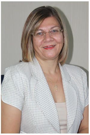 Standard Bank Namibia's Manager for Unsecured Lending, Credit Card Issuing & Market Development, Ms Deborah Henckert.