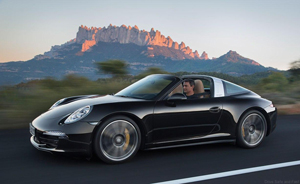 Porsche launched the revived 911 Targa two weeks ago at the North American International Auto Show in Detroit. This iconic version of the classic 911 is recognised by its open canopy and the built-in rollbar, itself a vestige of statutory requirements in the USA before the 911 Cabriolet could be launched there in the sixties.