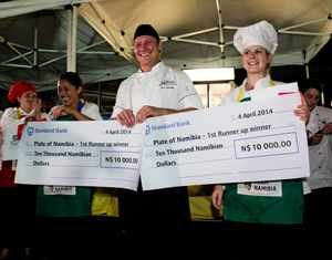 Mentor Chef Uwe Hanssen (centre) with the two winners of the Plate of Namibia 2014, Jocelyn Fordred (left) and Heidi Sudwischer (right). The two winning chefs each won N$10,000 from Standard Bank Namibia at a live cook-off at the Namibia Food and Wine Festival
