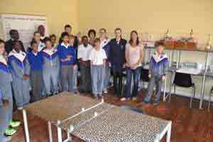Dr Ingrid Wiesel (right) of the Brown Hyena Research Project, a non-profit organisation based in Lüderitz, with learners from the Lüderitz Christian School in the laboratory sponsored by Manica.