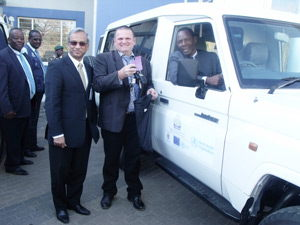 World Health Organization representative Dr Monir Islam, Head of the Economic and Social Section at the EU Delegation, Mr Markus Theobald and Minister of Health and Social Services, Dr Richard Kamwi in one of the two new ambulances given to his ministry.