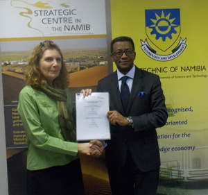 The Polytechnic of Namibia and the Gobabeb Research and Training Centre this week signed an Affiliation Agreement that will strengthen their relationship. Sealing the agreement in ink are Dr Gillian Maggs-Kolling (left), Director of the Gobabeb Research and Training Centre and Prof Tjama Tjivikua, Rector of the Polytechnic. (Photograph by Mandisa Rasmeni).
