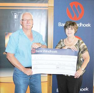 Sanet de Waal, a communication practitioner at Bank Windhoek presented a sponsorship of N$15,000 to Koos van der Merwe, the new chairman of the Association of Service Station Owners, to support the association's conference earlier this week.