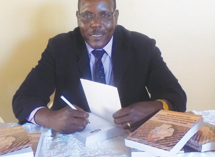Scholars welcome Dr Niikondo's book