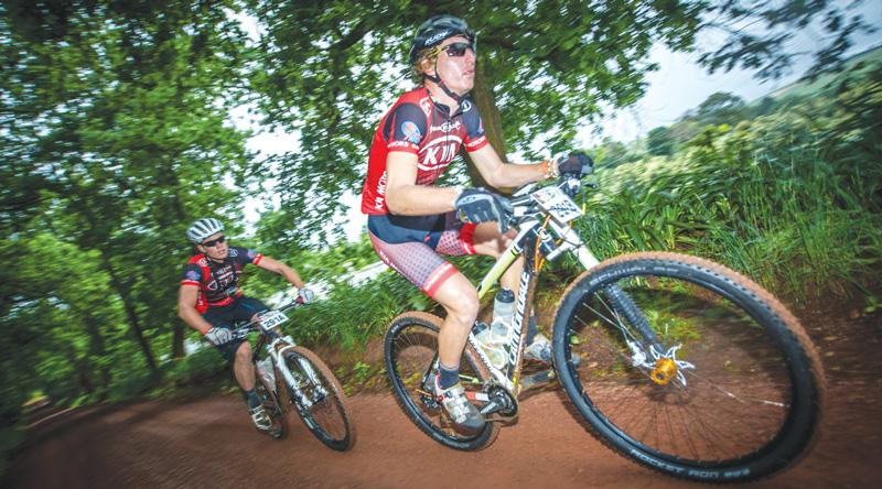 Martin Freyer and Michael Pretorius at the FNB Wines2Whales Mountain Bike Adventure.