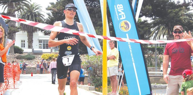 Coetzee smashes FNB Desert Triathlon record