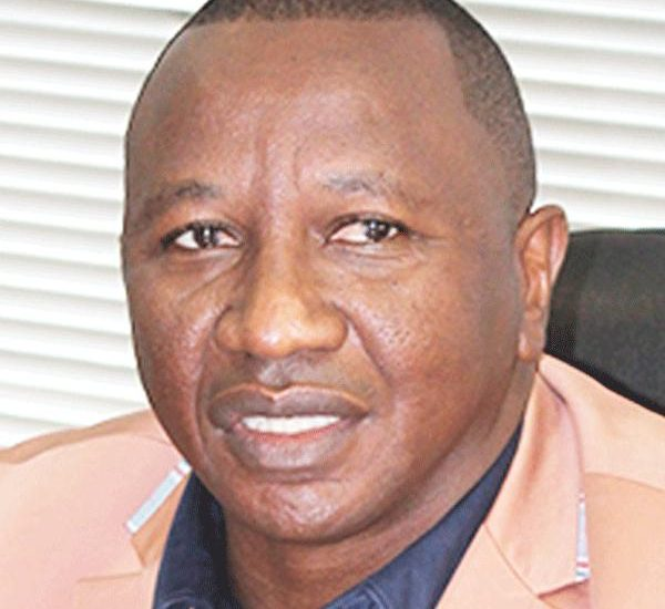 Matti Amukwa, the Chairman of the Confederation of Namibian Fishing Associations has come out strongly in support of the efforts by environmental lobby group, Swakopmund Matters.