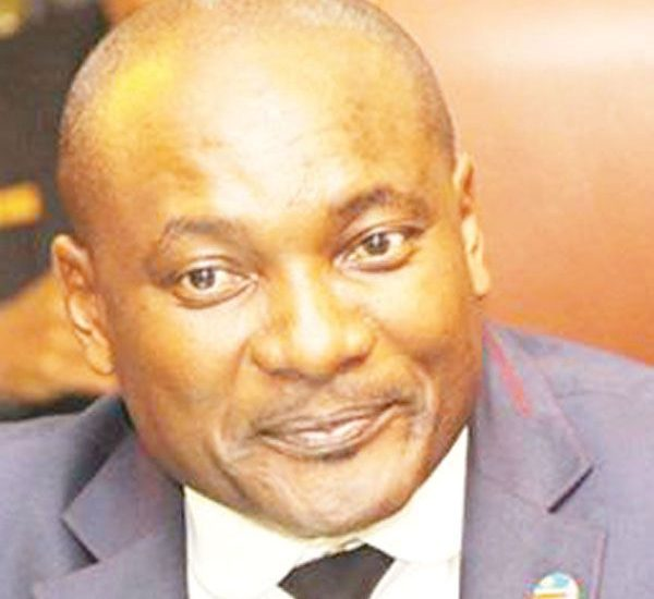 Minister of Environment and Tourism, Pohamba Shifeta pleaded with parliament this week not to  object to the ratifying of the multi-billion dollar Paris Agreement allocation for Namibia.