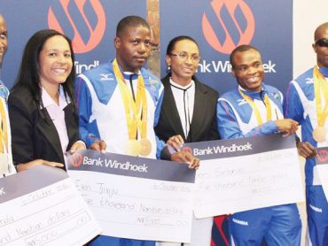 Paralympians rewarded for bagging medals