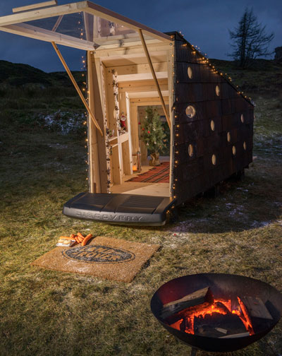 Collapsible bush cabin fits into the back of a Land Rover Discovery Sport