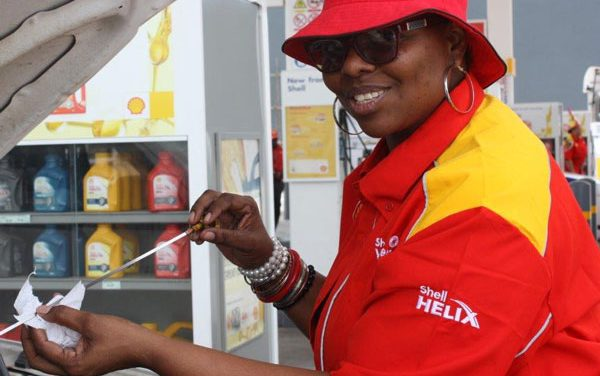 Drivers share in Shell Lafrenz first anniversary celebrations