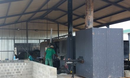 "New kiln makes ""green"" charcoal using Cheetah Fund's Bushblocks"