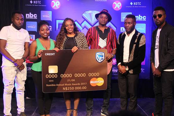 Bank honours local entertainment artists