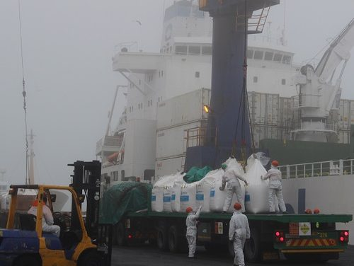 1000 tonnes ammonium nitrate for Husab come through Walvis harbour