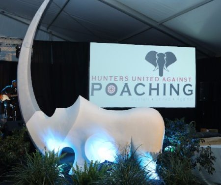 Marble rhino falls victim to an economy under duress – will stay in Windhoek until 28 November