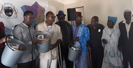 Okombahe elderly receive food parcels from a son of the soil