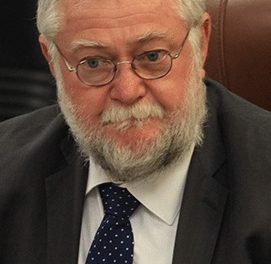 Schlettwein says paying UK lawyers was 'safe' for Namibia