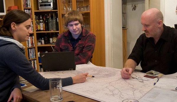 Rasselbande plans to reach Koenigstein summit on 02 January for Brandberg centenary