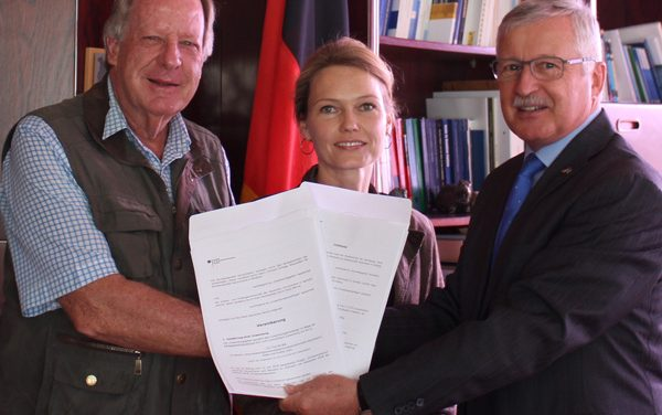 German Embassy provides scholarships for education students