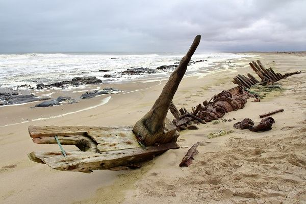 Skeleton Coast ranked 9th out of 50 best African beaches – travel experts praise its allure and remoteness