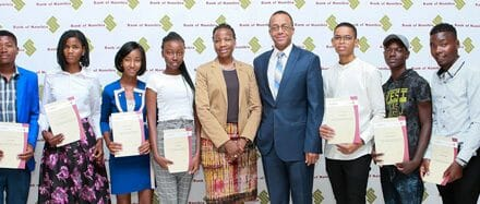 Central bank awards scholarships to future captains of industry