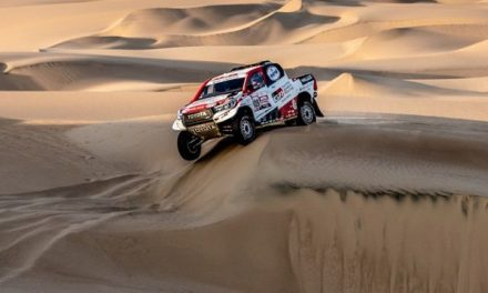 Hilux teams move into first and second positions after Dakar's first two stages
