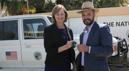 Fight against wildlife trafficking gets support from US government – Two Cruisers to monitor activities in Windhoek and Kunene