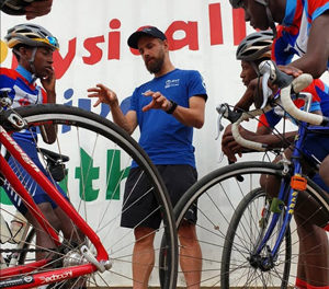 Physically Active Youth Centre hits the jackpot  – Nedbank Cycle Challenge podium finishers donate winnings to Centre