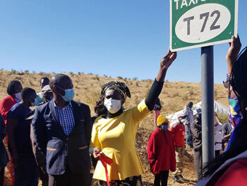 City of Windhoek inaugurates five taxi stops