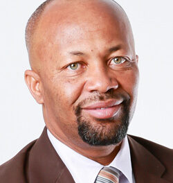 Mungunda to step down as Standard Bank CEO