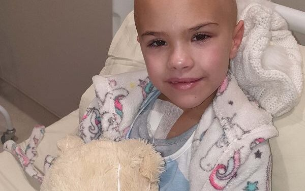 Landie owners help cover costs for treatment of young cancer patient