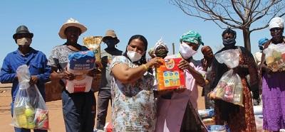Vulnerable communities outside Windhoek's CBD receive food parcels