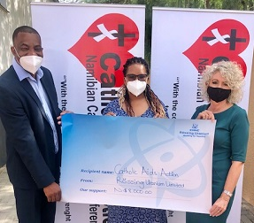 Rössing donates to AIDS Action's community soup kitchen