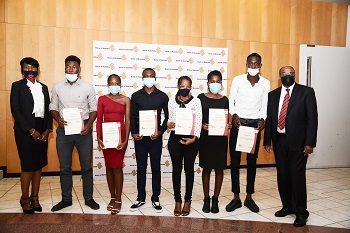 11 learners benefit from the central bank's bursary scheme