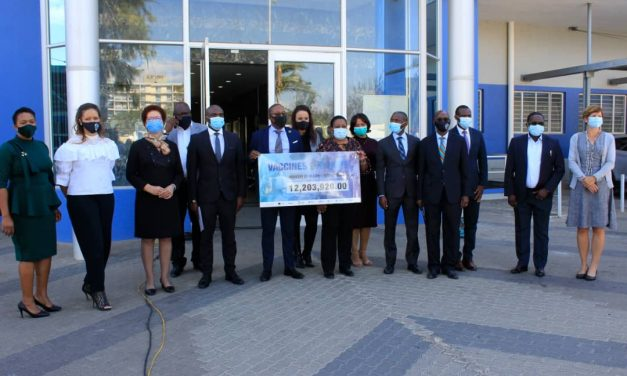 Old Mutual contributes N$1 million for the procurement of vaccines